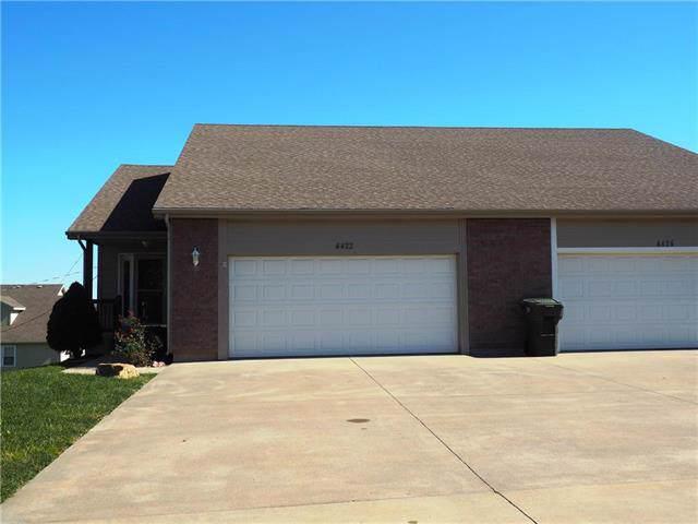 4422 SE Oakview Lane, Topeka, KS 66609 (#2193693) :: Edie Waters Network