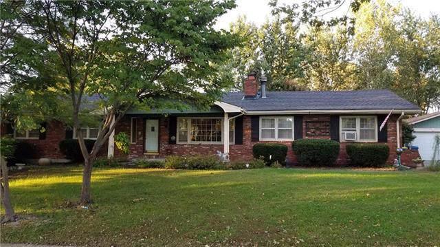 2207 Rhonda Road, Excelsior Springs, MO 64024 (#2193724) :: Clemons Home Team/ReMax Innovations