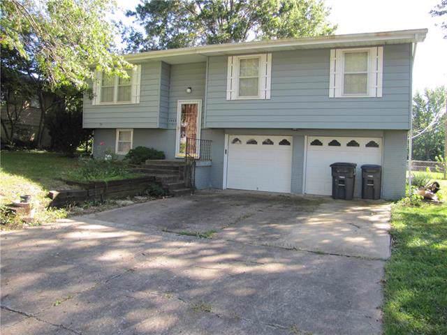 1403 Blueberry Drive, Harrisonville, MO 64701 (#2193730) :: Kansas City Homes