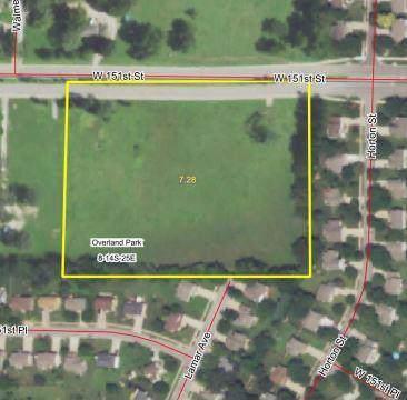 6325 W 151st Street, Overland Park, KS 66223 (#2193783) :: Edie Waters Network