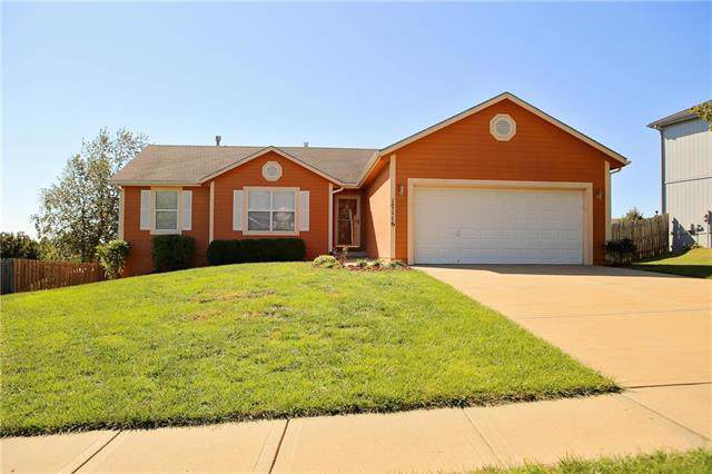 17116 Jennifer Street, Gardner, KS 66030 (#2193788) :: Team Real Estate