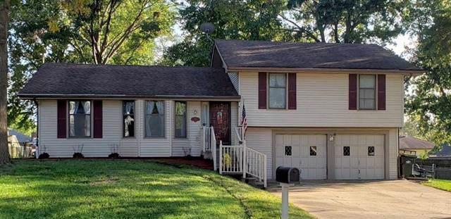 227 Oakridge Street, Lansing, KS 66043 (#2193796) :: Kedish Realty Group at Keller Williams Realty