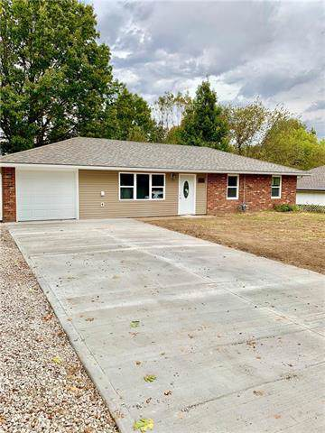 7 SE 240th Road, Warrensburg, MO 64093 (#2193827) :: Ask Cathy Marketing Group, LLC