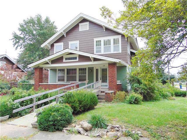 118 W Elm Street, Hardin, MO 64035 (#2193831) :: Clemons Home Team/ReMax Innovations