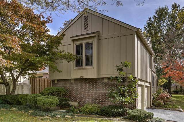 4321 W 111th Terrace, Leawood, KS 66211 (#2193890) :: The Shannon Lyon Group - ReeceNichols