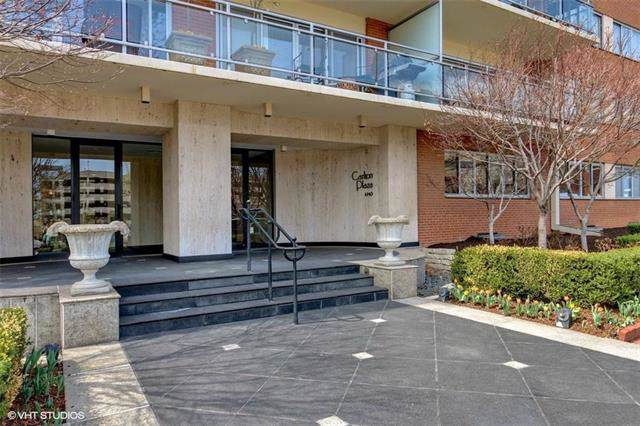 4740 Roanoke Parkway #102, Kansas City, MO 64112 (#2193897) :: House of Couse Group