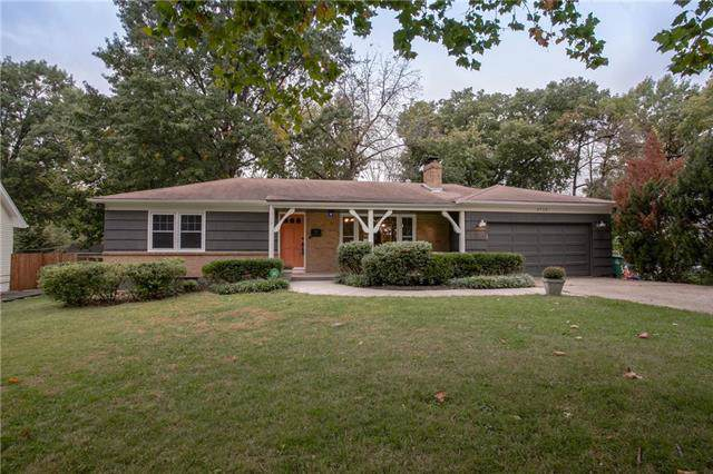 4710 Mohawk Drive, Roeland Park, KS 66205 (#2193948) :: House of Couse Group
