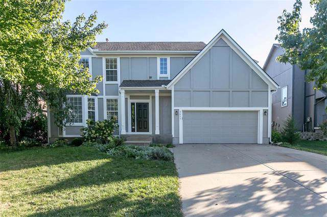 2617 W Whitney Street, Olathe, KS 66061 (#2194020) :: Kedish Realty Group at Keller Williams Realty