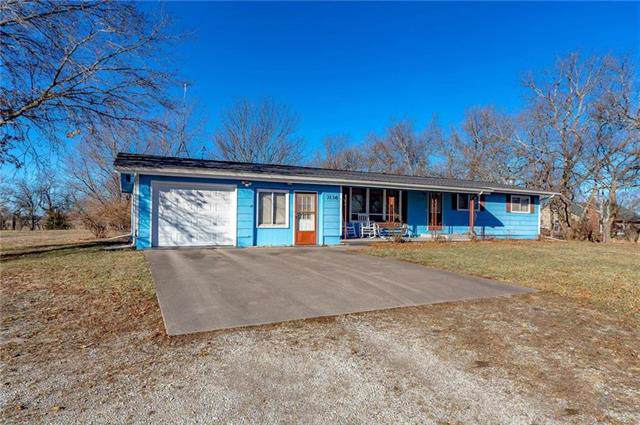 3136 Indiana Road, Ottawa, KS 66067 (#2194047) :: Clemons Home Team/ReMax Innovations