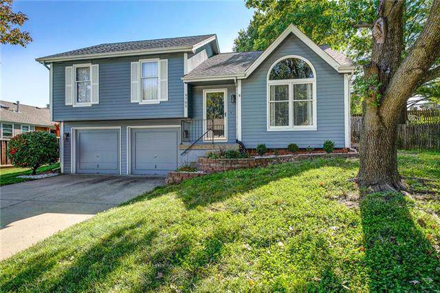 9705 NW 87th Street, Kansas City, MO 64153 (#2194055) :: Kansas City Homes