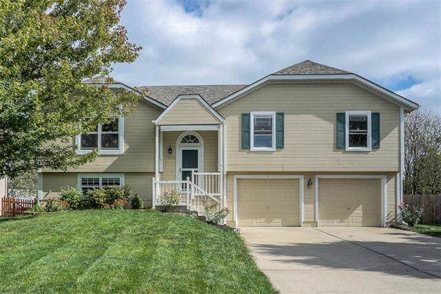 1225 NE Beacon Avenue, Lee's Summit, MO 64086 (#2194078) :: Kedish Realty Group at Keller Williams Realty