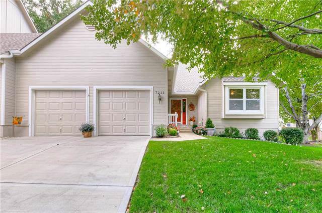 7211 W 155th Street, Overland Park, KS 66223 (#2194144) :: Eric Craig Real Estate Team