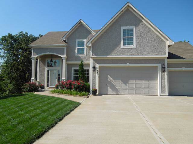 9211 N Euclid Court, Kansas City, MO 64155 (#2194156) :: Kansas City Homes