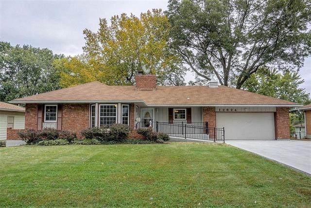 12824 E 49th Terrace, Independence, MO 64055 (#2194159) :: Kansas City Homes