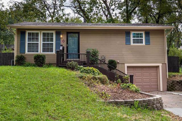 207 Jackson Avenue, Liberty, MO 64068 (#2194163) :: Kansas City Homes