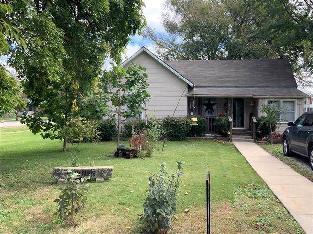 608 N Madison Street, Spring Hill, KS 66083 (#2194190) :: Team Real Estate