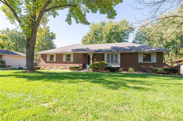 3906 N 29th Street, St Joseph, MO 64506 (#2194260) :: Clemons Home Team/ReMax Innovations