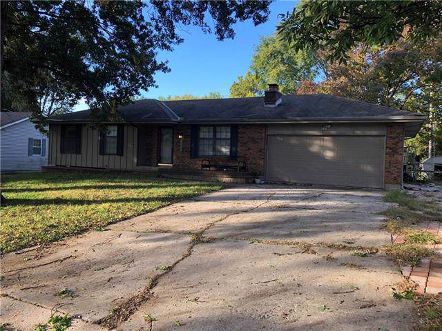 113 SW 4th Street, Blue Springs, MO 64014 (#2194261) :: Kansas City Homes