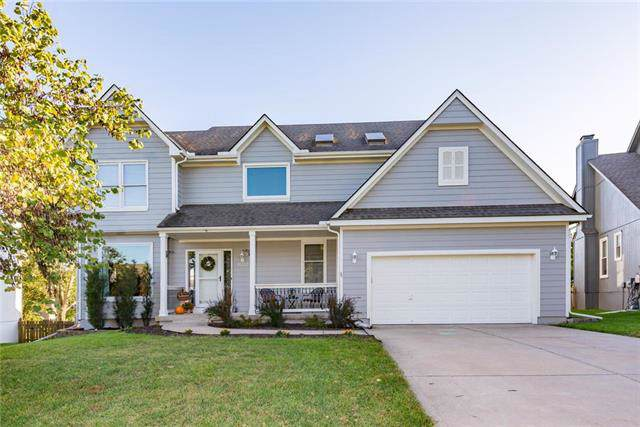 1032 SW Sunflower Drive, Lee's Summit, MO 64081 (#2194265) :: Ask Cathy Marketing Group, LLC