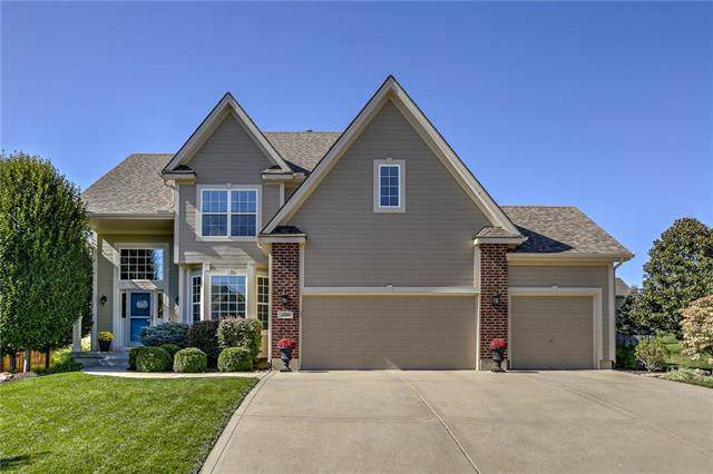 1104 SW Blazing Star Drive, Lee's Summit, MO 64081 (#2194281) :: Ask Cathy Marketing Group, LLC