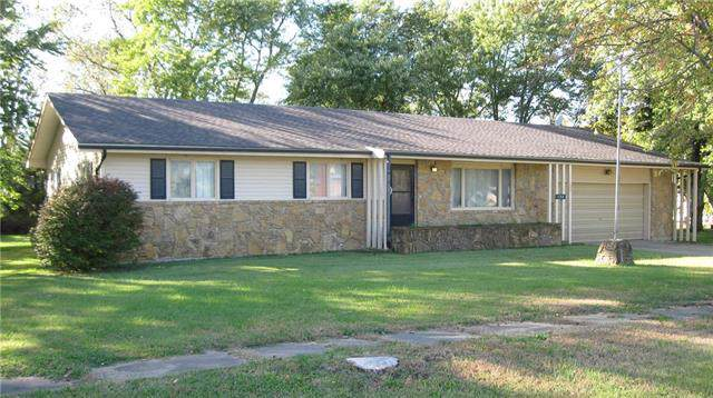 128 N Robey Street, Williamsburg, KS 66095 (#2194317) :: Clemons Home Team/ReMax Innovations