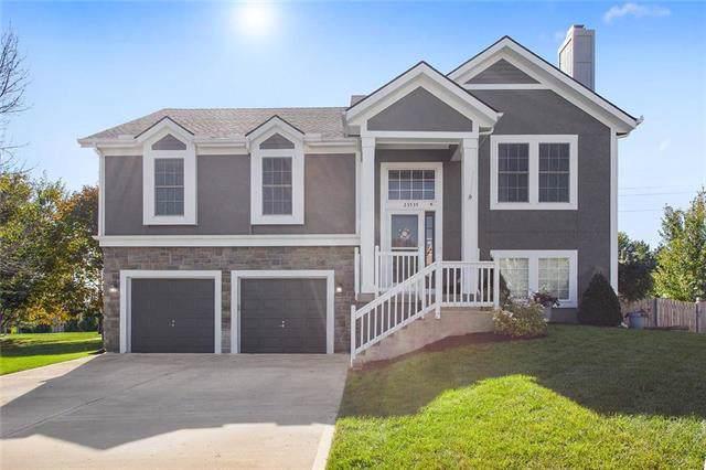 23535 W 126th Terrace, Olathe, KS 66061 (#2194383) :: House of Couse Group
