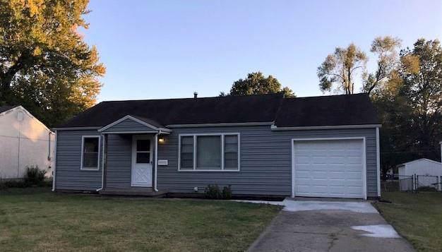 1101 E Fredrickson Drive, Olathe, KS 66061 (#2194384) :: Team Real Estate