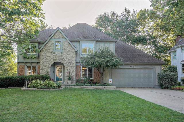 8515 Gillette Street, Lenexa, KS 66215 (#2194422) :: Team Real Estate