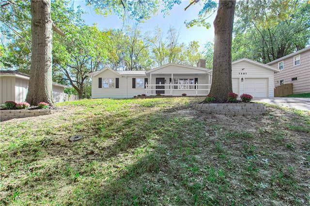 7307 W 55th Street, Overland Park, KS 66202 (#2194428) :: Team Real Estate
