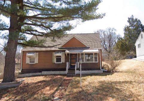 8911 E 29th Street, Kansas City, MO 64129 (#2194460) :: Kansas City Homes