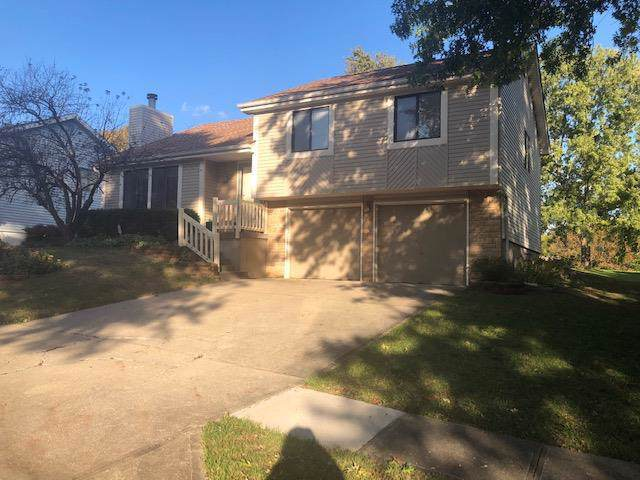 14505 St Andrews Drive, Grandview, MO 64030 (#2194464) :: Clemons Home Team/ReMax Innovations