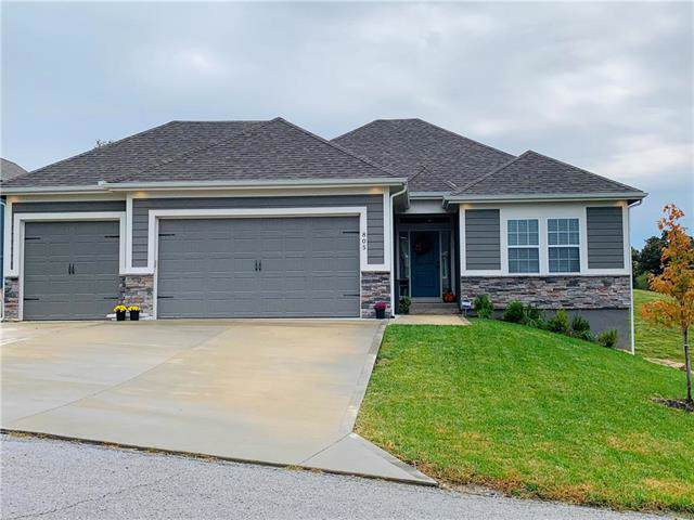 805 SW Mill Creek Court, Grain Valley, MO 64029 (#2194485) :: Shane Griffin Group