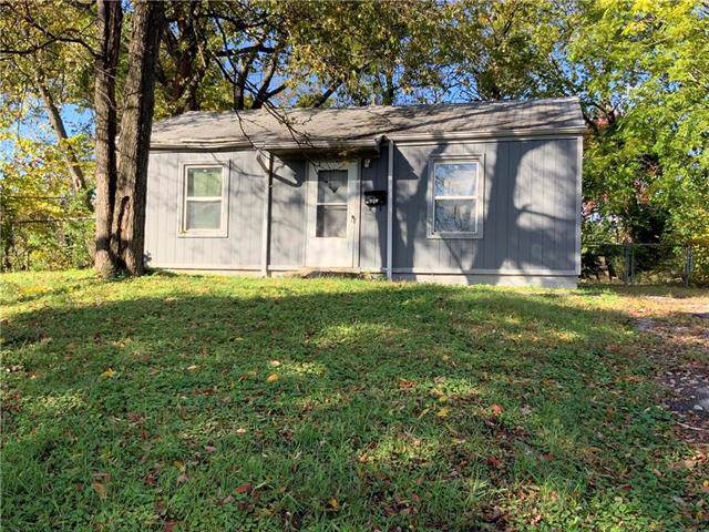5518 S Benton Avenue, Kansas City, MO 64130 (#2194551) :: Clemons Home Team/ReMax Innovations
