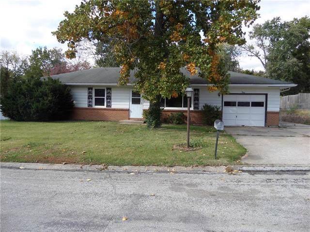 8 Forest Lane, Lexington, MO 64067 (#2194556) :: Team Real Estate