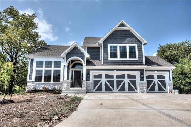 6011 NE 119th Terrace, Kansas City, MO 64156 (#2194589) :: Clemons Home Team/ReMax Innovations