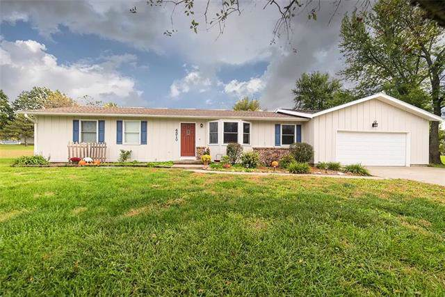 4310 Stafford Terrace, Wellsville, KS 66092 (#2194591) :: Clemons Home Team/ReMax Innovations