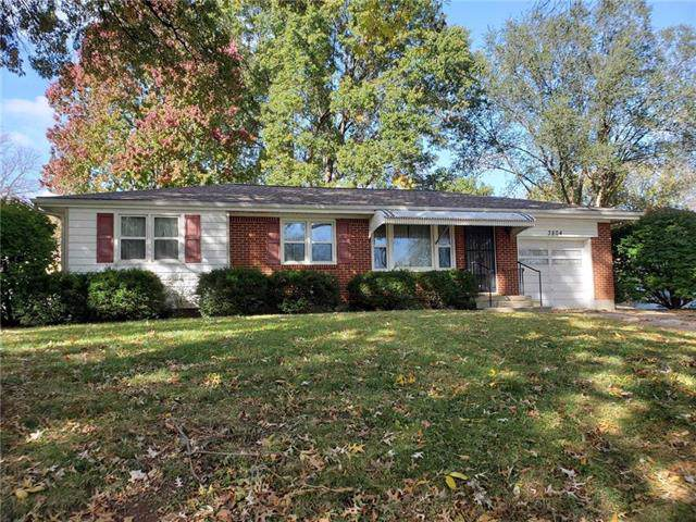 3804 S Spring Street, Independence, MO 64055 (#2194697) :: House of Couse Group