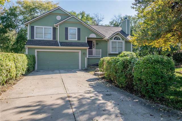 6207 W 155th Place, Overland Park, KS 66223 (#2194803) :: Kansas City Homes