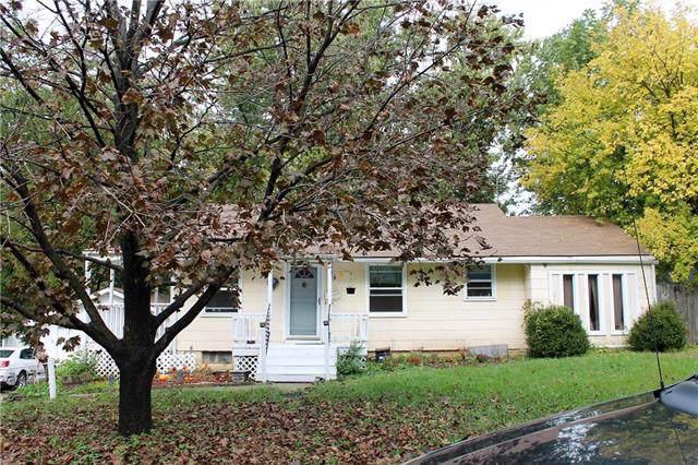 8914 Rose Lane, Raytown, MO 64133 (#2194810) :: Kansas City Homes