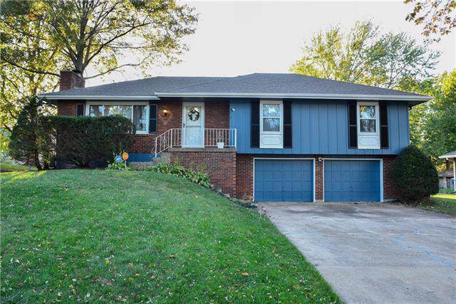 7612 Englewood Avenue, Raytown, MO 64138 (#2194820) :: Kansas City Homes