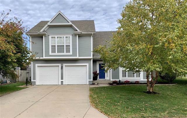21906 W 51st Street, Shawnee, KS 66226 (#2194845) :: Kansas City Homes
