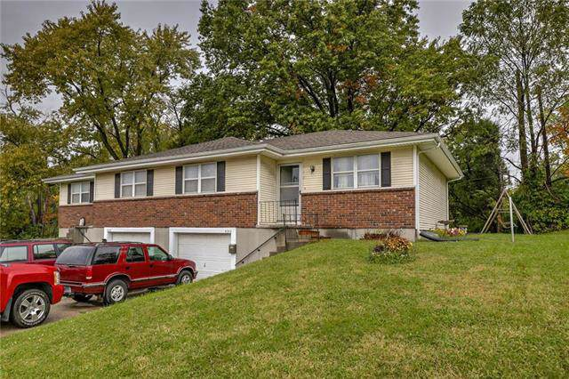 4344 Parallel Parkway, Kansas City, KS 66104 (#2194876) :: Edie Waters Network