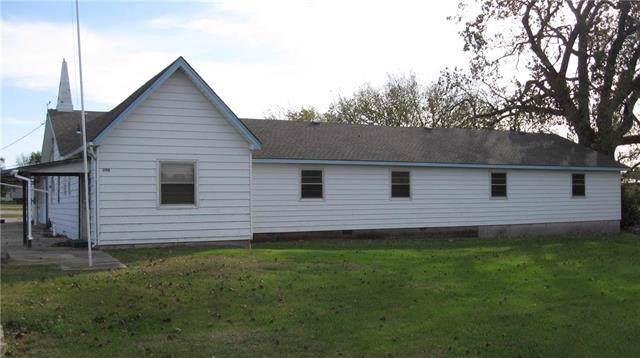 300 Park Road, Garnett, KS 66032 (#2195122) :: Eric Craig Real Estate Team