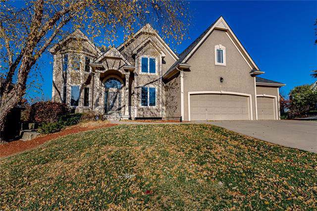 7117 Noland Road, Shawnee, KS 66216 (#2195288) :: House of Couse Group