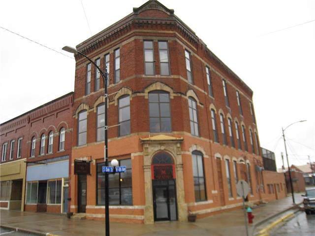 101 W 4th Avenue, Garnett, KS 66032 (#2195607) :: Eric Craig Real Estate Team
