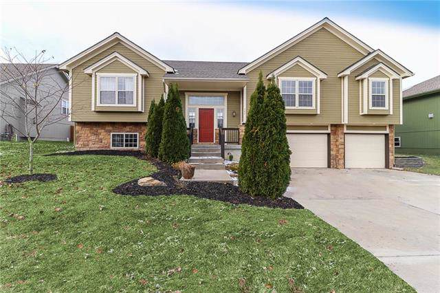 702 N 17th Avenue, Greenwood, MO 64034 (#2195897) :: Clemons Home Team/ReMax Innovations