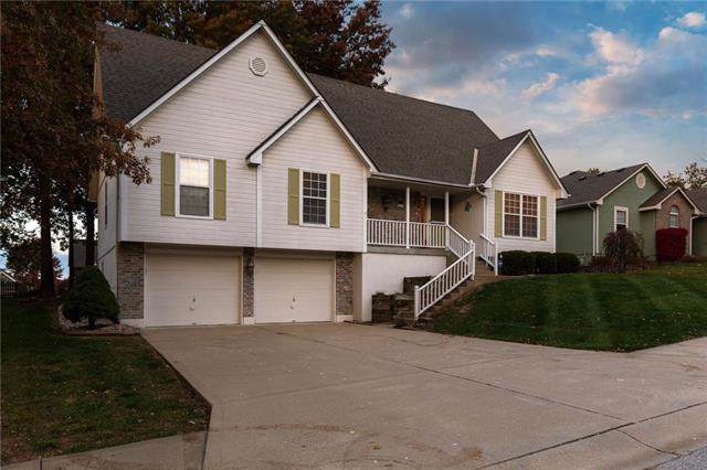 3919 SW Jackson Street, Blue Springs, MO 64015 (#2195966) :: Clemons Home Team/ReMax Innovations