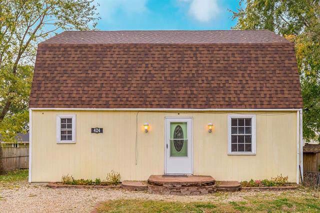 424 E 2nd Street, Linwood, KS 66052 (#2196087) :: House of Couse Group