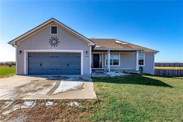 14392 M Highway, Rayville, MO 64084 (#2196146) :: The Shannon Lyon Group - ReeceNichols