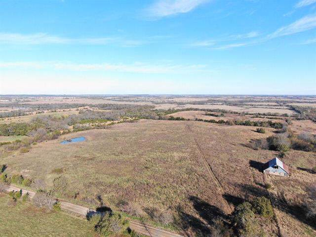 00000 W 500 Road, Blue Mound, KS 66010 (#2196246) :: House of Couse Group